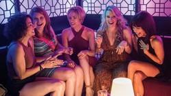 Hollywoods Female Ensemble